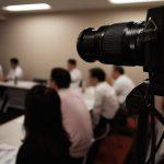 X-E2とズームレンズXF55-200mmを使い、セミナー動画を撮影